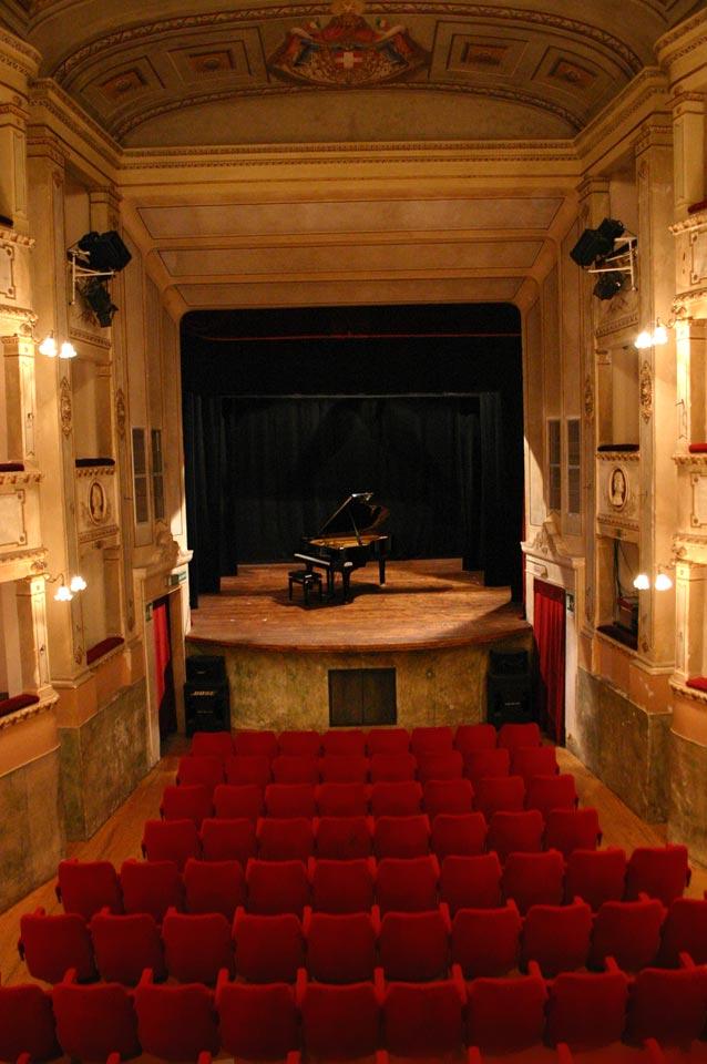 interno-teatro-anghiari-teatro-comunale-dei-ricomposti-06