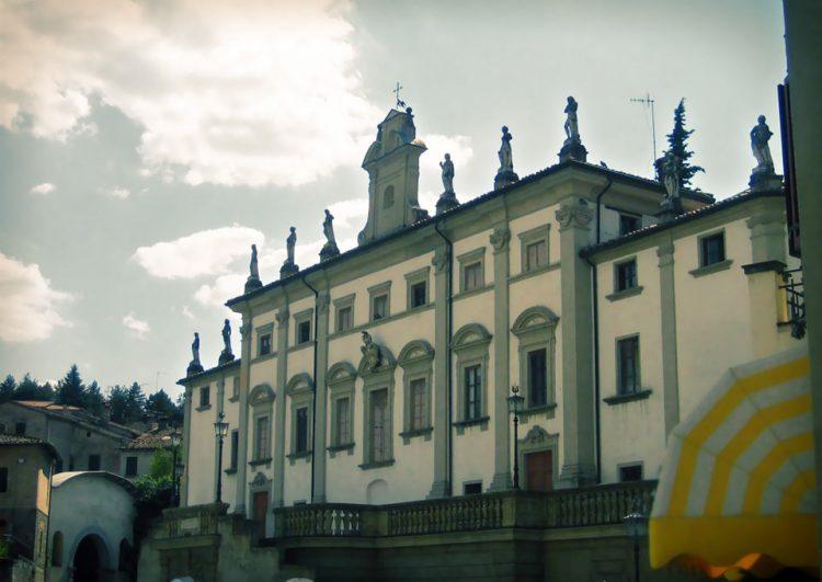 teatro-anghiari-teatro-comunale-dei-ricomposti-esterno-01