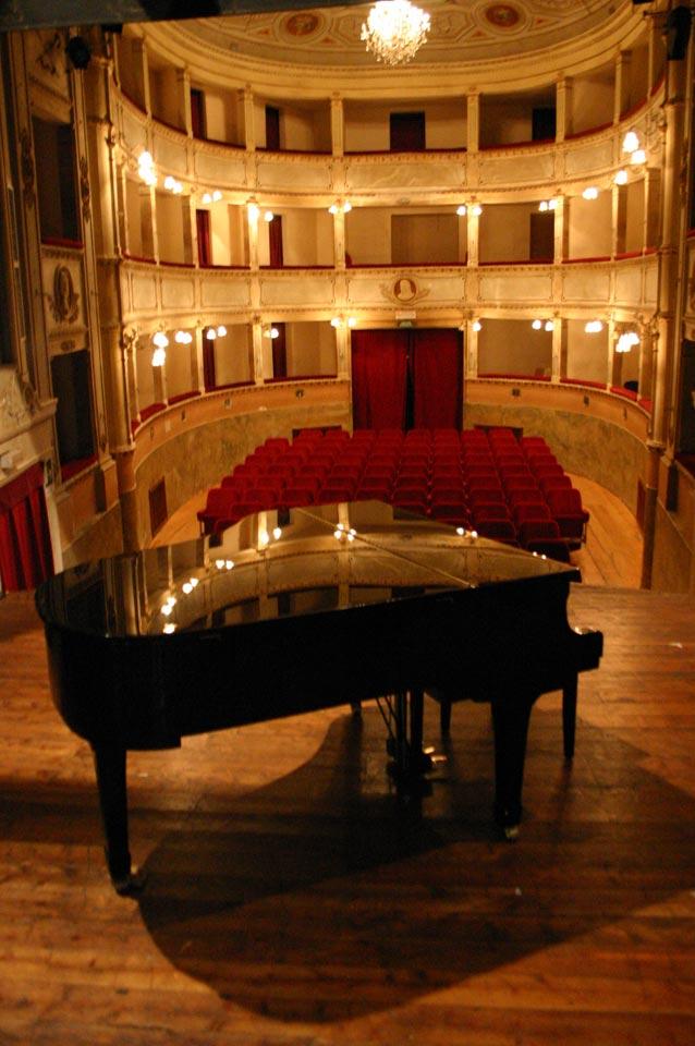 interno-teatro-anghiari-teatro-comunale-dei-ricomposti-12