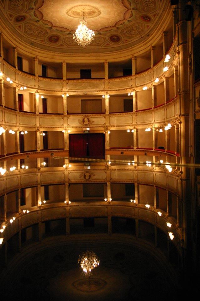 palchi-teatro-anghiari-teatro-comunale-dei-ricomposti