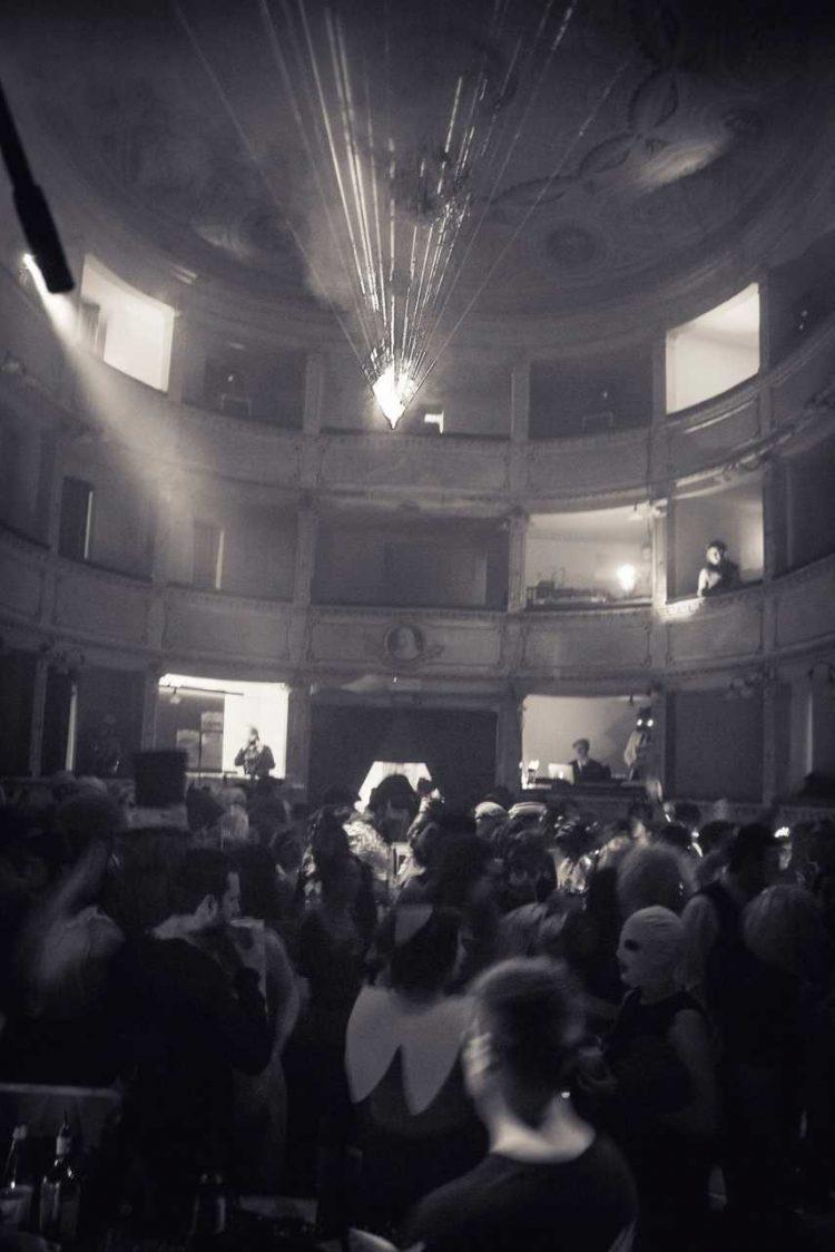 carnevale-a-teatro-teatro-di-anghiari-2014 (153)